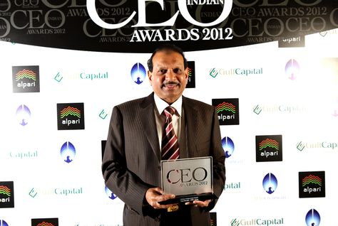 Yusuff Ali M.A. scoops top prize at Indian CEO Awards